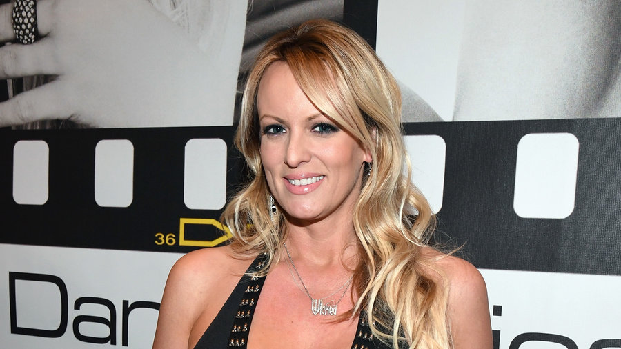 Stormy Daniels, Flouting NDA, Details Trump Affair To '60 Minutes'
